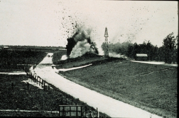 1927 Explosion of the levee in Caernarvon