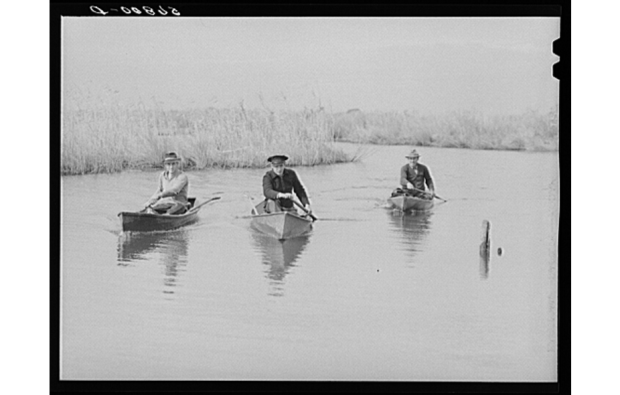 Maneuvering pirogues in Delacroix, 1941. Source: Library of Congress