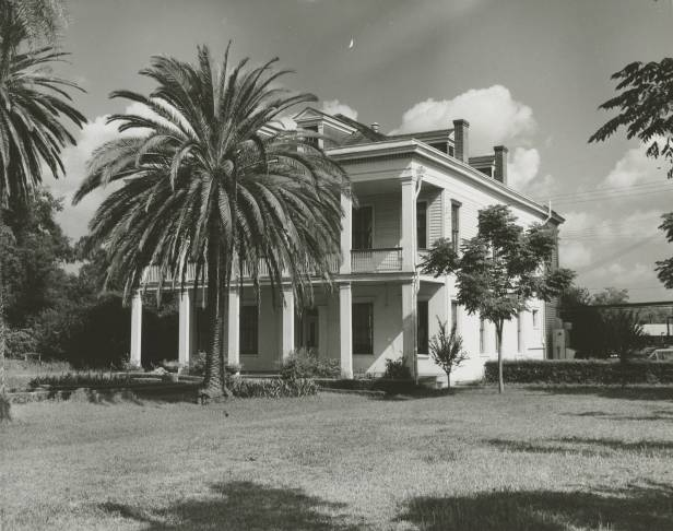 La Maison des Jalousies, Old Arabi, early 1950s. Source: Louisiana Digital Library