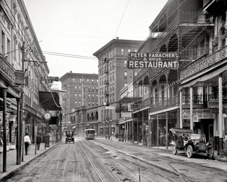 1910 - Saint Charles Ave