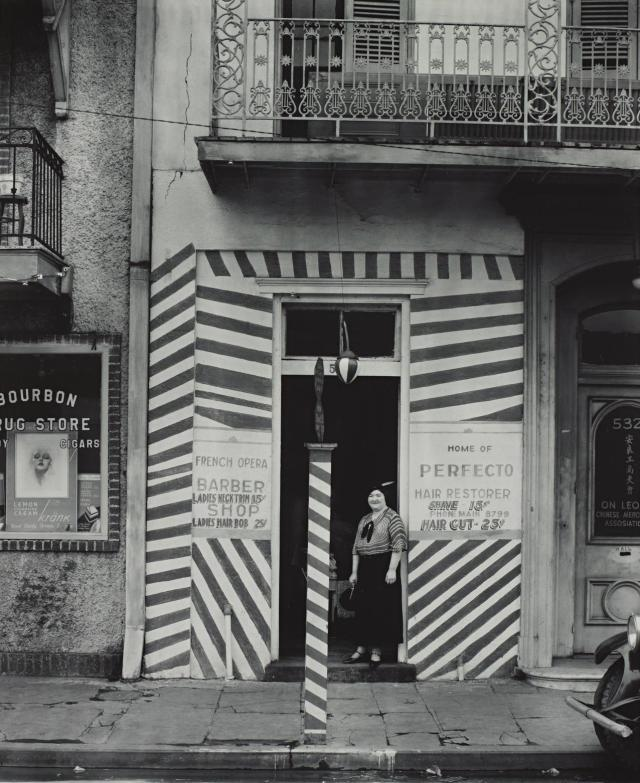 1935 - Barber Shop on Bourbon