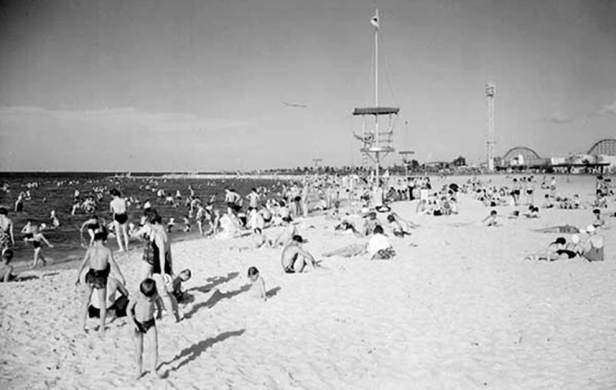 ca. 1950s - Pontchartrain Beach